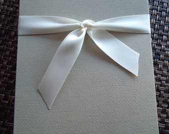 TRES CHIC - Textured Premium Handmade Stationary Set- Includes 8 Cards with Envelopes.