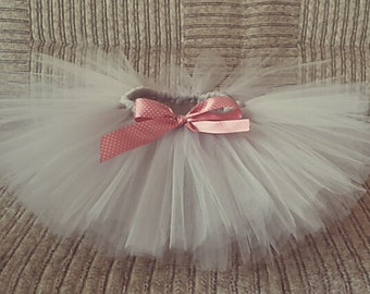 Baby girl tutu with bow 0-24 months