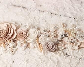 Bridal sash, wedding sash, flower wedding sash, bridal belt, wedding dress belt, wedding dress sash, crystal sash, lace belt, lace sash