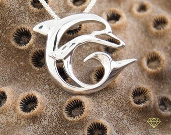 Dolphin pendant,in Sterling silver