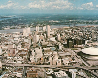 New Orleans / Louisiana / Crescent City / Mississippi River / Photo by Industrial Photography / Postcard
