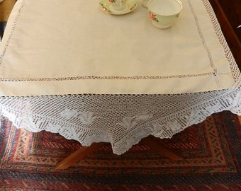 Edwardian  Linen Tablecloth with Deep Fillet Crochet Lace Border, Lace Tablecloth