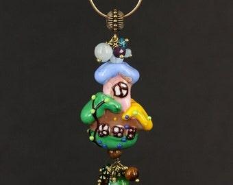 Summer House - pendant with lampwork (Летний Домик - кулон с бусиной ручной работы)