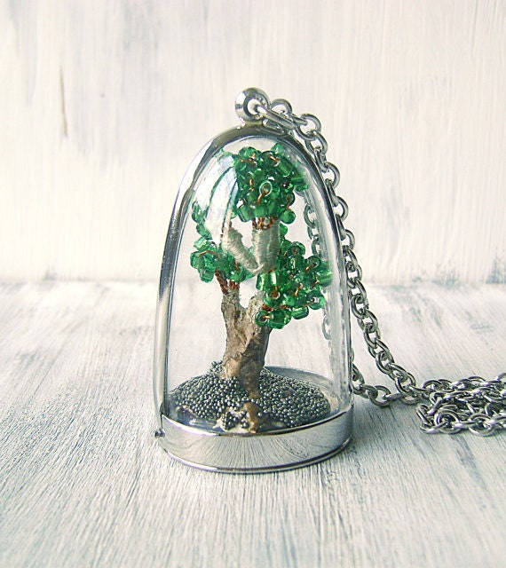 terrarium anh nger terrarium collier mit miniatur bonsai. Black Bedroom Furniture Sets. Home Design Ideas