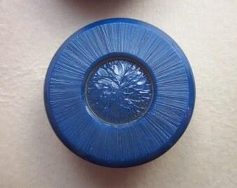 "4 Vintage Buttons, La Mode 5/8"" Navy Blue Plastic Shank, on 2 Cards"