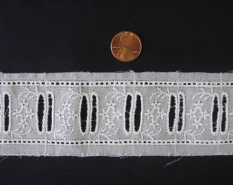 White Heirloom Victorian Embroidered Insertion Sewing Supply