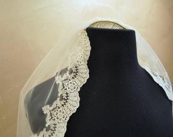 Romantic catholic inspered lace veil