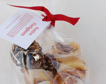 Bag of 8 Festive Firelighters