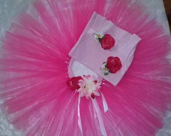 Tutu set, comprising of a tutu, singlet top and head band in colour and size of your choice.