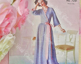 Vintage 1940's  Lady's Full Length Housecoat Knitting Pattern 34 to 36 Bust