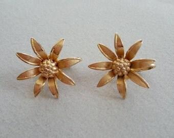 Vintage Giovanni Daisy Earrings