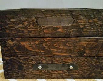 Pallet wood crates, solid wood crates, rustic pallet wood crates, wood bins, rustic storage bins, rustic crates, reclaimed wood crates