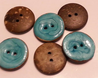 5 beautiful Turquoise glazed coconut buttons