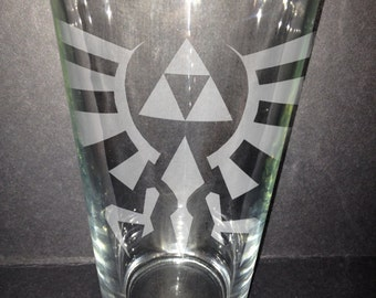 Legend of Zelda Triforce Pint glass