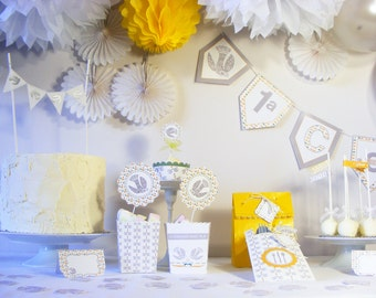 PIGEON FIRST COMMUNION Party Decorations Package. Party Package for 8 guests. Wedding Anniversary. Baptism. Bridal Shower decorations