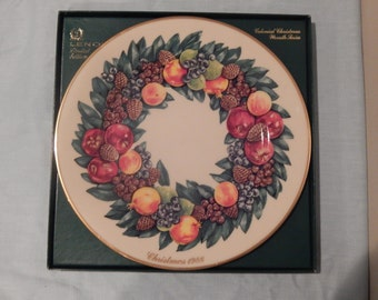 Lenox 1988 Colonial Christmas Wreath Series Limited Edition Delaware Christmas Plate  10.75""