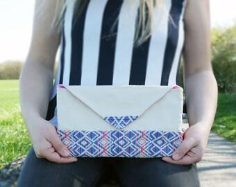 Lovely clutch/ envelope bag