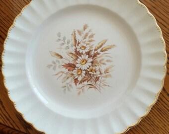 American Limoges Sundale 22K Gold edging...Dinner Plates
