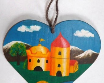 Heart Shaped Castle Plaque. Traditional Narrowboat Canal Art.