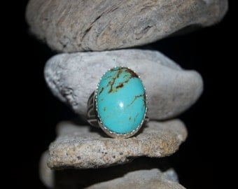 Lovely Navajo Turquoise Sterling Silver Ring - Size 9
