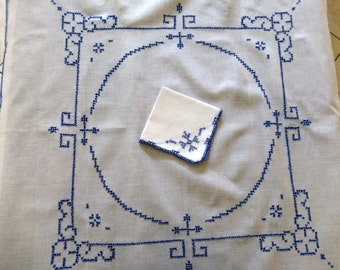 Vintage white embroidered supper cloth/tablecloth with serviette