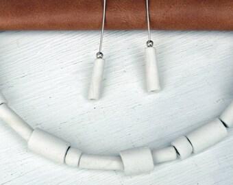 Porcelain necklace