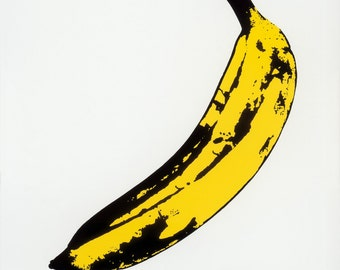 The Velvet Underground and Nico (1967) - Print with Black Card Frame and Mount (21cm x 21cm)