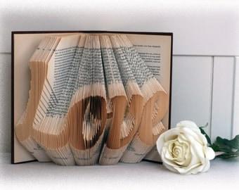 "Book Folding Pattern ""Love"" + FREE Tutorial"