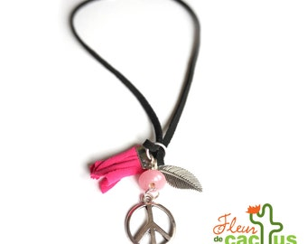 Necklace Peace & Love