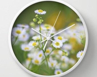 Daisy Clock, Unique Wall Clocks, Floral Clock, Art Clock, Nature Clock, Wall Decor, Kitchen, Green, White, Gold, Boho Clock, Office Decor