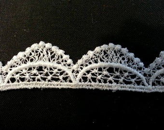 "Baroque Lace White Scalloped Trim 5/8"" wide"