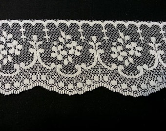 Cream Lace Trim 2.5 inches wide