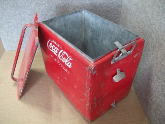 items similar to vintage coca cola ice chest on etsy. Black Bedroom Furniture Sets. Home Design Ideas