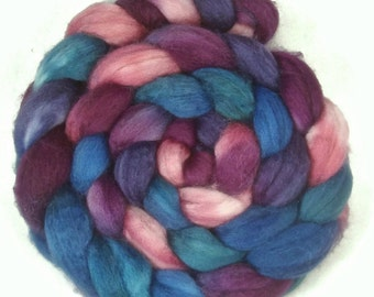 Handpainted Superwash BFL Wool Nylon 80/20 Sock Roving - 4 oz. HAWAII - Spinning Fiber
