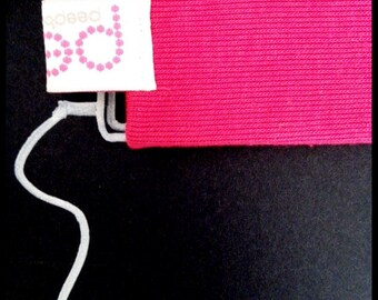 N E W     -     iPod Nano sock    -   magenta pink  (other colours available)