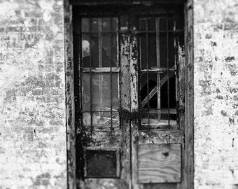 black and white door photography, savannah georgia, rustic home decor, industrial home decor, street photography, savannah photography