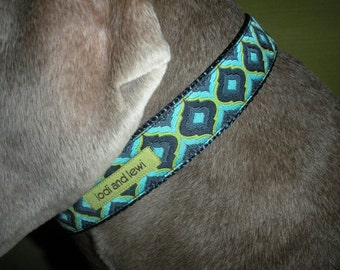 Imperial Collar in Navy and Aqua