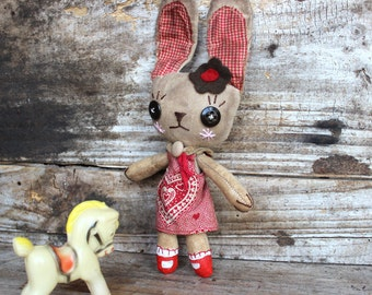 Pam, Bunny, primitive, cloth doll
