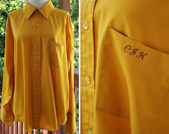 MUSTARD Yellow 1960's Men's Vintage MOD Button Down Shirt with French Cuffs + Monogram // by Royal Knight // size Large