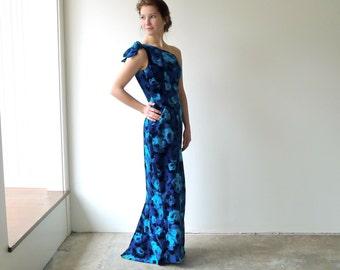 Blue Rose Velvet One Shoulder Dress With Sweep Train Size 2