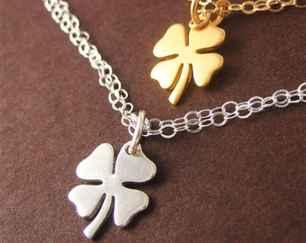 Four Leaf Clover Bracelet Lucky Charm Gold Clover Jewelry Gift Under 50 for Graduation Birthday St Patricks Day
