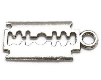 8 Razor Blade Charms Silver Tone Metal (S333)