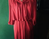 ON SALE.....Vintage 1970's Berry colored polyester dress. size Sm/M