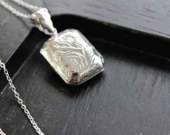 Small Vintage  Sterling  Locket Necklace, Something Old, Romantic Keepsake, Rectangular locket