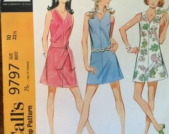 Women's Dress Pattern 1960s McCall's 9797 Sz 10 Bust 32.5, UNCUT -NC- Vintage McCall's Pattern / 60s McCall's / Sewing Pattern / 60s Pattern