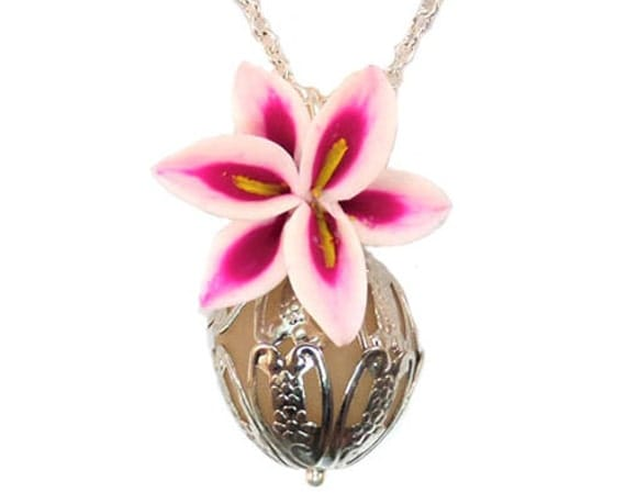 Scented stargazer lily perfume necklace lily fragrance for How to make scented jewelry
