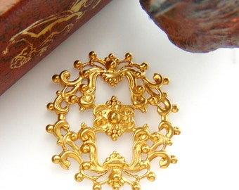 BRASS CREST (2 Pieces) Filigree Plaque Brass Stampings - Jewelry Ornament Findings (FA-6076) #