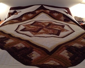 Hand Made - The Spinning Star Quilt