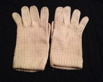 One (1) Pair of Vintage Ivory Knit Ladies Gloves
