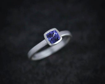 Cushion Tanzanite Solitaire Ring, Square Blue Gemstone Ring, Periwinkle Gem in Silver Bezel Setting